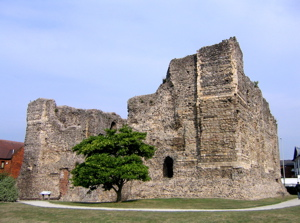 [An image showing Canterbury Castle]